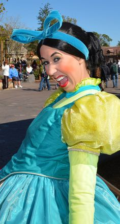 Walt Disney World, Magic Kingdom, Fantasyland, Anastasia Drizella Lady Tremaine, Cinderella Step Sisters, Meet and Greet tami@goseemickey.com