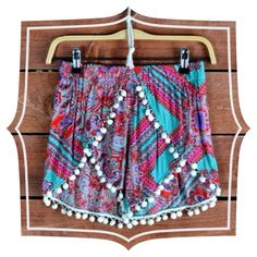 Pom Pom shorts #swoonboutique