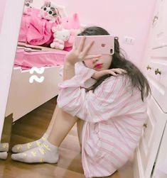 Sleep and calm is a thing Ulzzang Girl Fashion, Ulzzang Korean Girl, Cute Korean Girl, Ulzzang Couple, Asian Girl, Uzzlang Girl, Pink Girl, Kawaii Fashion, Cute Fashion