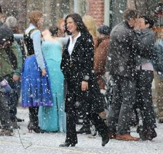 Once Upon a Time - Episode - Shattered Sight - Set Photos Abc Tv Shows, Movies And Tv Shows, Once Upon A Time, Snow White Prince, I Have No Friends, Swan Queen, Outlaw Queen, Captain Swan, Great Stories