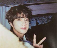 Seokjin, Bts Jin, Jin From Bts, Foto Bts, K Pop, V And Jin, Bts Polaroid, Hxh Characters, Jung So Min