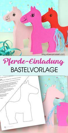 Easy Pferde-Einladungskarten für die Kinderparty basteln: Schnell gemachte Klappkarten mit Pony für eure Pferdeparty