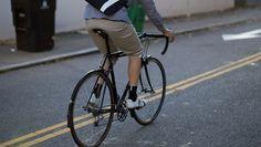 ¾ Shorts   Rapha Mtb Bicycle, Bicycle Bag, Cycling Bikes, Cycling Jerseys, Urban Cycling, Cycle Chic, Bicycle Women, Commuter Bike, Bicycle Design
