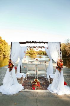 Outdoor mandap - simple but elegant.