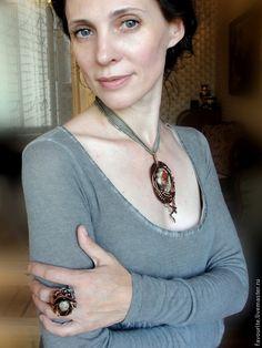 Купить Кулон и кольцо с цветочным агатом «ДЕЖА-ВЮ» (фр. deja-vu) - оливковый