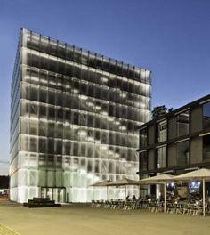 La 'pelle squamata' del Kunsthaus Bregenz di Peter Zumthor