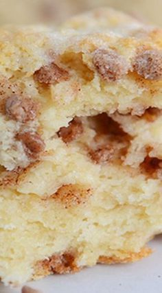 Cinnamon Chip Scones (Best Basic Scone Cinnamon Chip Scones (Best Basic Scone) – These are some of the best scones ever. The little cinnamon morsels soften just a bit while baking, leaving behind pockets of sweet, cinnamon flavor with every bite. Köstliche Desserts, Delicious Desserts, Dessert Recipes, Yummy Food, Cinnamon Desserts, Cinnamon Recipes, Appetizer Recipes, Cinnamon Chip Scones, Cinnamon Chips