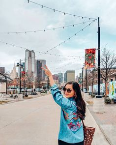 What city do you call home? I'm a Dallas girl now 🏙️ >> Currently loving this button down with the cutest tribal print embroidered on it 😍 >> Fun Dallas fact- my favorite view of the city is from the 🍑 . Dallas Travel, Texas Travel, Travel Usa, Downtown Photography, Urban Photography, Minimalist Photography, Dallas City, Dallas Texas, Austin Texas