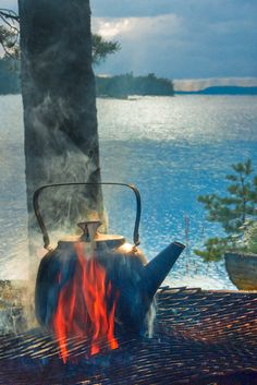 Nothing like a cup of coffee while enjoying the beautiful views of the lake Oulujärvi, Finland. --- (the pin via Elisa J. Camping Life, Lake Life, The Great Outdoors, Norway, Fire, Adventure, Landscape, Places, Nature