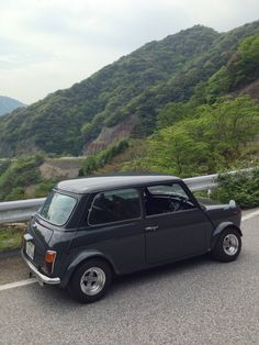 Mini Cooper ('94 / my machine)