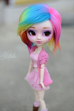 OMG I LOVE HER HAIR! Is this a custom or just a bought doll? I have to know!
