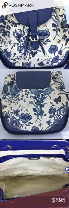 fb23d2a5c Gucci Vintage 1970 Crossbody Bag Blue Flora & Bugs Blue leather &  off-