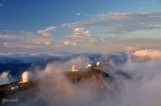 Обсерватория Роке-де-лос-Мучачос – #Испания #Канарские_острова #Гарафия (#ES_CN) Это Обсерватория Роке де лос Мучачос на острове Ла Пальма. Даже и описывать как-то ничего не хочется - такое шикарное место нужно просто однажды посетить...  ↳ http://ru.esosedi.org/ES/CN/1000193380/observatoriya_roke_de_los_muchachos/