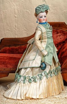 """FRENCH BISQUE POUPEE BY GAULTHIER.  Marks: 2 F.G.  15""""."""