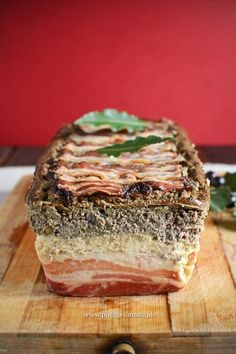 Dual-layer Poultry Pate with Wine and Cognac (in Polish) Kielbasa, Polish Recipes, Spanakopita, Food Storage, Poultry, Sandwiches, Food And Drink, Lunch, Meat