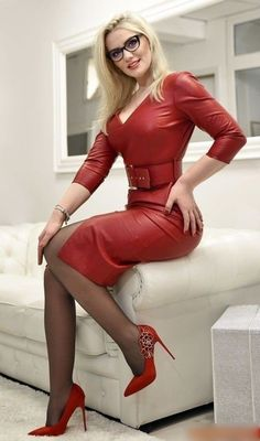 Latest Fashion For Women, Womens Fashion, Leder Outfits, Lady, Sexy Legs And Heels, Great Legs, Leather Dresses, Nylons, Models