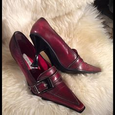 HP best in shoes and boots 12/29/15 Authentic Luciano Padovan pointed toe heels. Heel is about 3 inch. More pictures are available in 2 separate posts. Please make sure to check them before you buy. Make me a reasonable offer. Luciano Padovan Shoes Heels