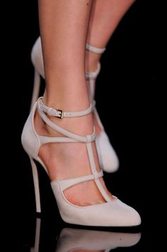 I have a hard time even finding T-strap heels I like - I'd love a pair of these for sure! elie saab need these nude pumps Stilettos, High Heel Pumps, Stiletto Heels, Suede Pumps, Nude Heels, Sexy Heels, Zapatos Shoes, Women's Shoes, Me Too Shoes