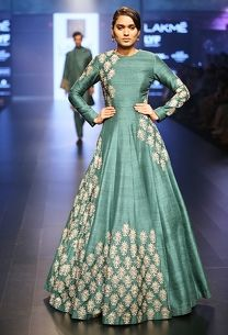 Shop SVA dress on www.azafashions.com Emerald Green Outfit, Lehenga Top, Anarkali Gown, Anarkali Suits, Green Gown, Floor Length Anarkali, Indian Designer Wear, Indian Dresses, Indian Clothes