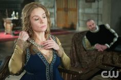 """Reign -- """"Banished"""" -- Image Number: RE212a_0115.jpg -- Pictured (L-R): Megan Follows as Catherine de Medici and Alan Van Sprang as Henry -- Photo: Sven Frenzel/The CW -- © 2014 The CW Network, LLC. All rights reserved."""