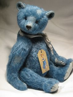 Ooh love teddy bears :-) and what a lovely colour. (Created by Dawn Jellis-Jones)