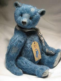 Ooh love teddy bears :-) and what a lovely colour. (Created by Dawn Jellis-Jones)