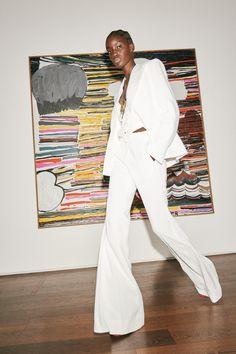 Victoria Beckham Spring 2021 Ready-to-Wear Collection - Vogue London Fashion Weeks, Summer Fashion Trends, Spring Fashion, Fashion News, Fashion Show, Victoria Beckham News, Dress Over Pants, Bouchra Jarrar, Denim Trends