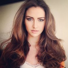 Wish my hair would do this....