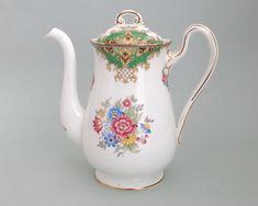 Shelley Sheraton teapot, pattern number 1945 – 1966 by CardCurios on Etsy Vintage High Tea, Baroque Pattern, Teapot, Bone China, Bones, Numbers, Etsy, Decor, Tea Pot