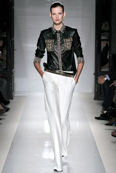 Balmain Spring 2012 Ready-to-Wear Fashion Show - Bette Franke