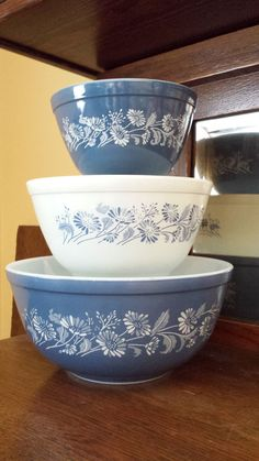 Vintage set of three 1983 Pyrex Colonial Mist by ObscureVintage, $35.00