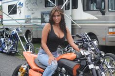 Motorcycle Custom V-MAX