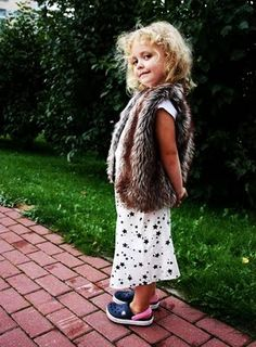HOLY CRAP. Latvian street fashion blog... just about kids. I may have just fainted.
