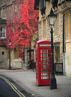 Oxford, England, just outside London. I may have stood in this very telephone booth when visited Oxford a few years ago! Oxford England, England Uk, Cornwall England, Yorkshire England, Yorkshire Dales, Places Around The World, Oh The Places You'll Go, Around The Worlds, Beautiful World