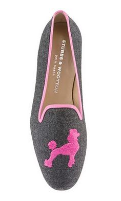 Who doesn't love poodle shoes? These are adorable! French Poodles, Standard Poodles, Poodle Haircut, Pink Poodle, Walk This Way, Mens Slippers, Fashion Quotes, Passion For Fashion, Fancy