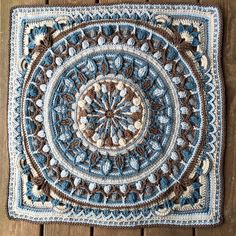 Ravelry: Project Gallery for Sophie loves Lilla Bjorn Winter Blanket Border pattern by Emma Aldous, using Lion Brand Yarn. Crochet Cord, Crochet Mandala, Crochet Motif, Crochet Afghans, Crochet Patterns, Crochet Granny, Crochet Blocks, Crochet Squares, Granny Square Blanket