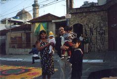Cacildo e família, durante os festejos de julho da Vila Santa Isabel (1998) Colaborou com a foto Cacildo M. Ferreira
