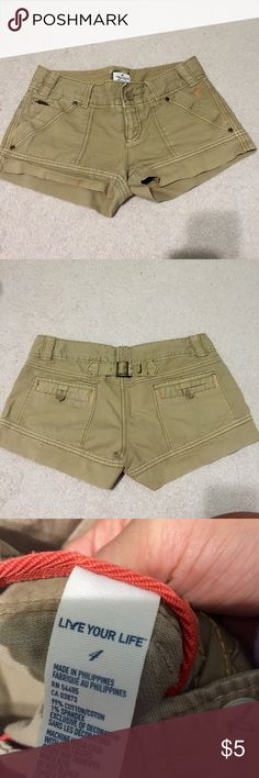 American eagle Khaki shorts These are in great condition, I never worn these (my cousin gave them to me). They have stretch to them, size 4 American Eagle Outfitters Shorts Jean Shorts