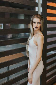 Tu cand ai spus ultima data WAW? Ce spui de o rochie noua? #rochii #voglia #vogliaforfashion #style #fashion Backless, Dresses, Fashion, Vestidos, Moda, Fashion Styles, Dress, Fashion Illustrations, Gown