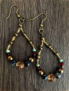 Teardrop Earrings, Boho Beaded Earrings, Beaded Earrings, Valentines Day Gifts F. Rustic Jewelry, Bohemian Jewelry, Wire Jewelry, Beaded Jewelry, Jewelry Crafts, Jewelery, Handmade Jewelry, Jewellery Box, Lovisa Jewellery