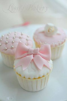 Cupcake para baby shower de niña