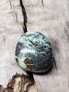 Beautiful high grade cabochon that measures about 20 x 18 x 7 mm. Mined from Nevada. Excellent cut and polish! Variscite is a rare hydrated aluminum phosphate with a chemical composition of AlPO4*2H2O. It is typically green in color, but can be seen in varying colors from white, yellow, and tan due to varying trace minerals. Tree Frogs, Nevada, Minerals, Composition, Polish, Pendant Necklace, Stone, Yellow, Colors