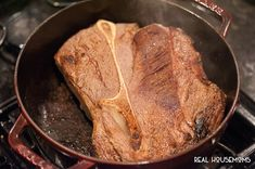 Although Dutch Oven Pot Roast takes awhile to cook, its very easy to make this one pot wholesome dinner that is the ultimate cold weather comfort food. Roast Recipe Dutch Oven, Roast Recipe Easy, Oven Roast, Bacon Potato Casserole, Chuck Roast Recipes, Comfort Food, Good Food, Easy Meals, Cooking Recipes
