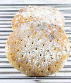Filmjölkrågsiktsbröd Bread Recipes, Baking Recipes, Diet Recipes, Vegetarian Recipes, Recipies, Rustic Bread, Breakfast Recipes, Bakery, Food Porn