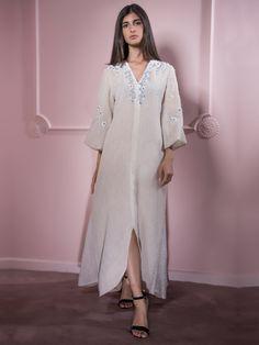 Moonoir- Beige Snow Queen Dress.  Kaftan  Caftan  Elilhaam  Ramadan17   4c9aabce4