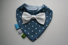 Bow tie bib baby bandana bib removable bow tie, nice baby shower, baptism / christening gift for newborn, infant, blue & white dots