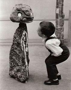 Sabine Weiss -Photo - Céramique de Joan Miró