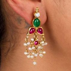 Three Great Ways To Find Cheap Diamond Rings Gold Jhumka Earrings, Jewelry Design Earrings, Gold Earrings Designs, Gold Jewellery Design, Bead Jewellery, Beaded Jewelry, India Jewelry, Gold Pendent, Gold Jewelry Simple