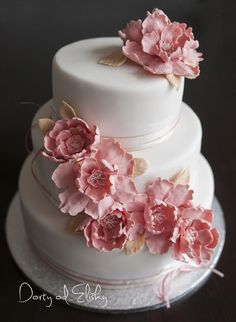wedding cake in oldpink colour by Eliska - http://cakesdecor.com/cakes/284251-wedding-cake-in-oldpink-colour