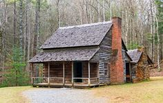 Traditional Log Cabin Rentals Across the Country | ACTIVE